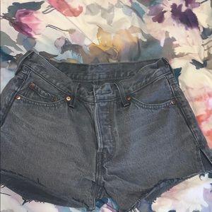 Size 25 Levi 501 shorts never worn